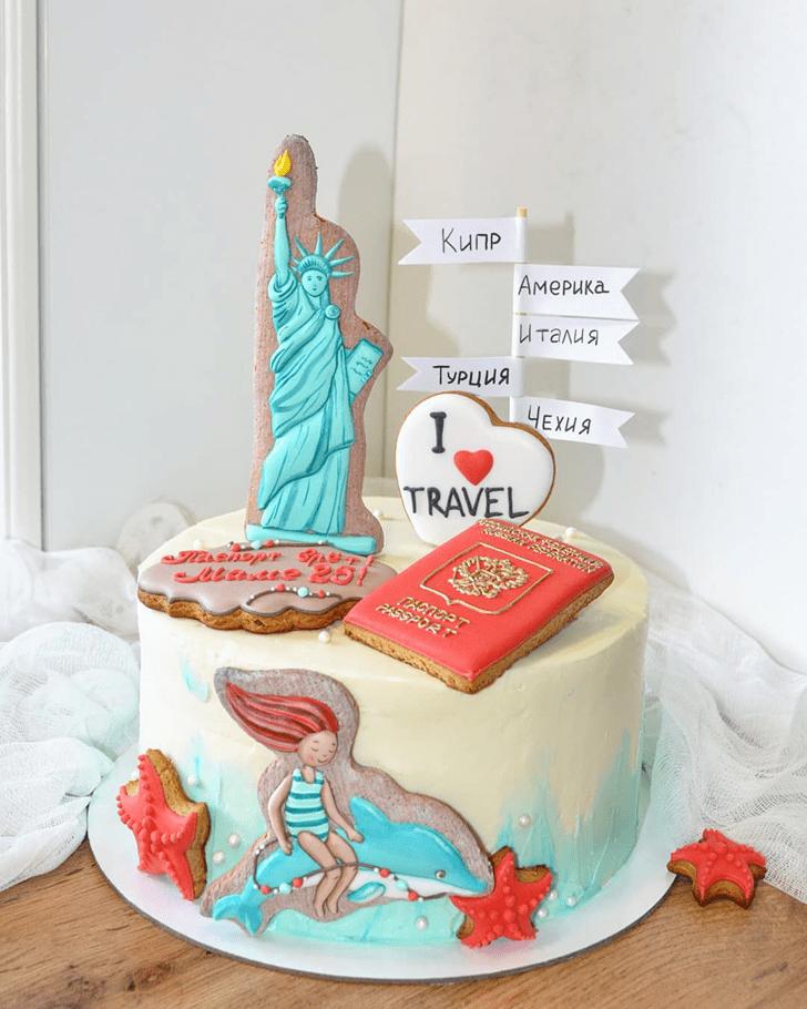 Fine Statue of Liberty Cake