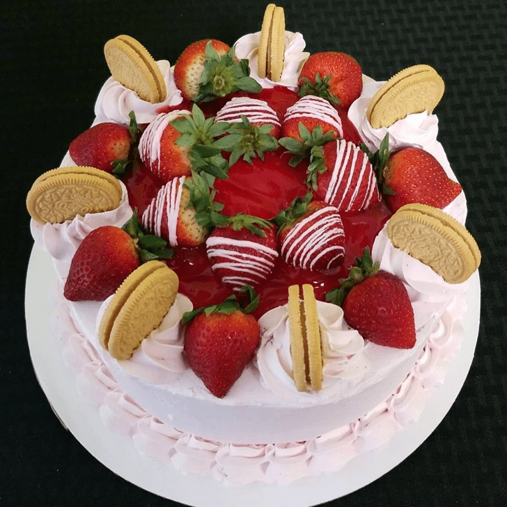 Inviting Strawberry Cake
