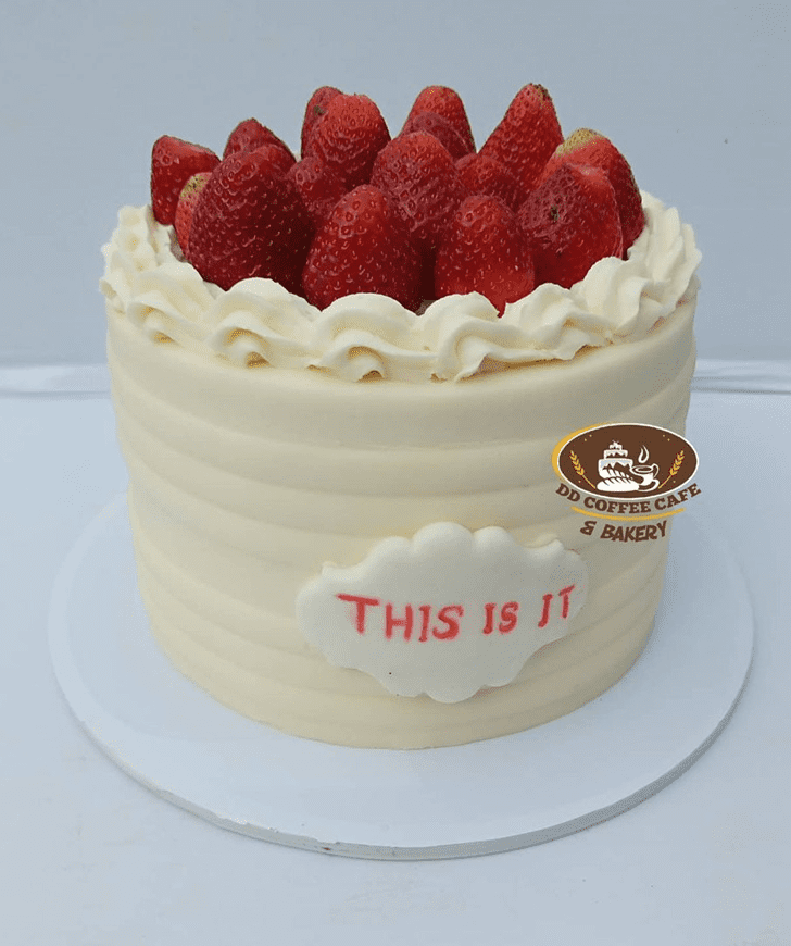 Magnificent Strawberry Cake