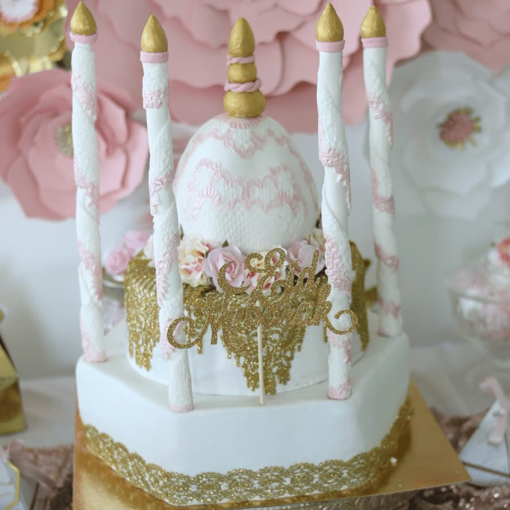 Bewitching Taj Mahal Cake