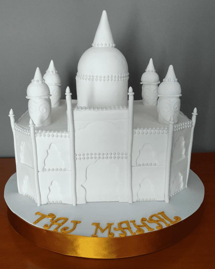 Classy Taj Mahal Cake