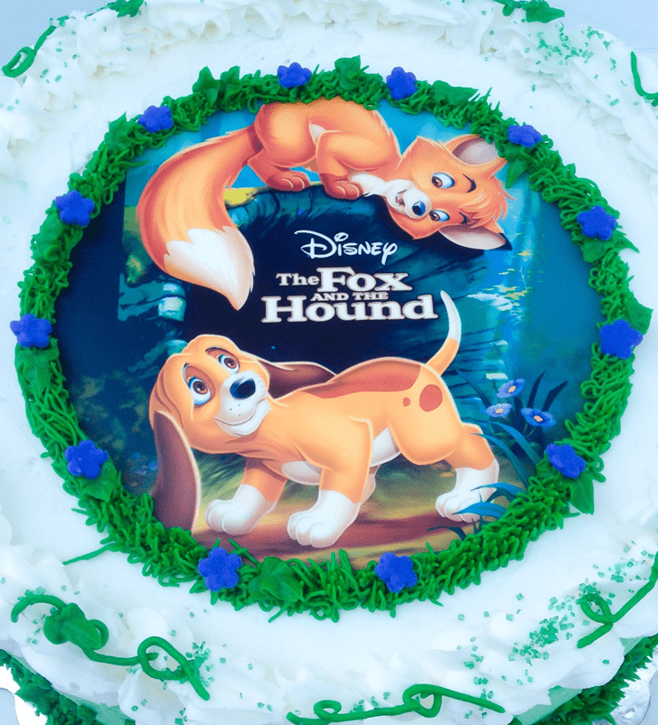 Adorable The Fox and the Hound Cake