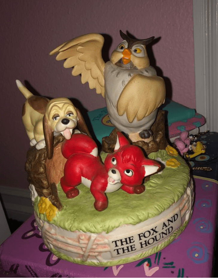 Alluring The Fox and the Hound Cake