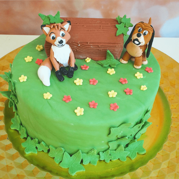 Angelic The Fox and the Hound Cake