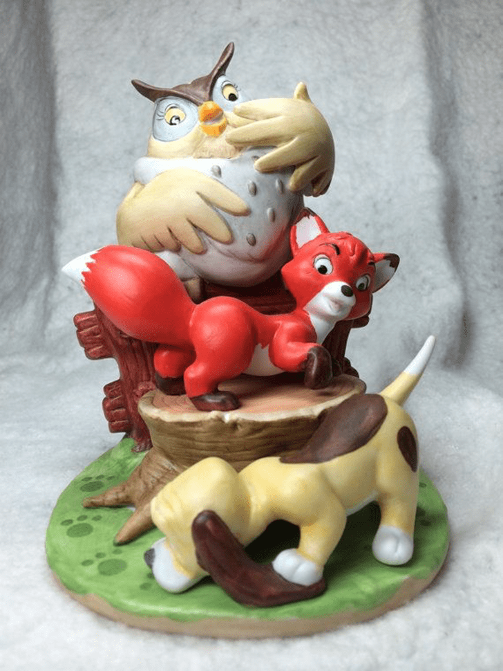 Bewitching The Fox and the Hound Cake