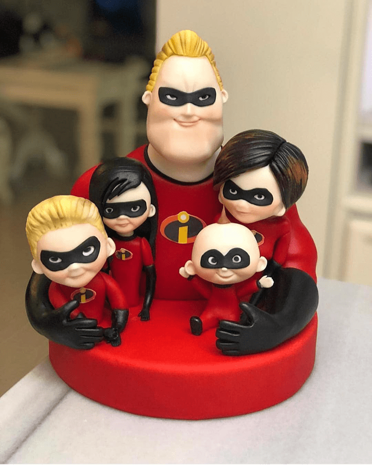 Captivating The Incredibles Cake