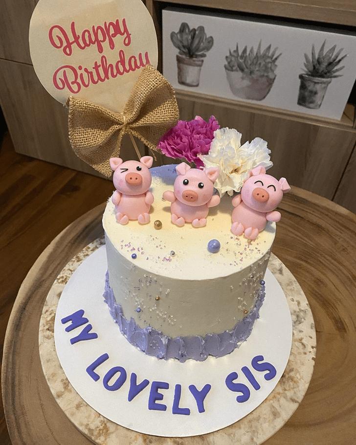 Admirable Three Little Pigs Cake Design