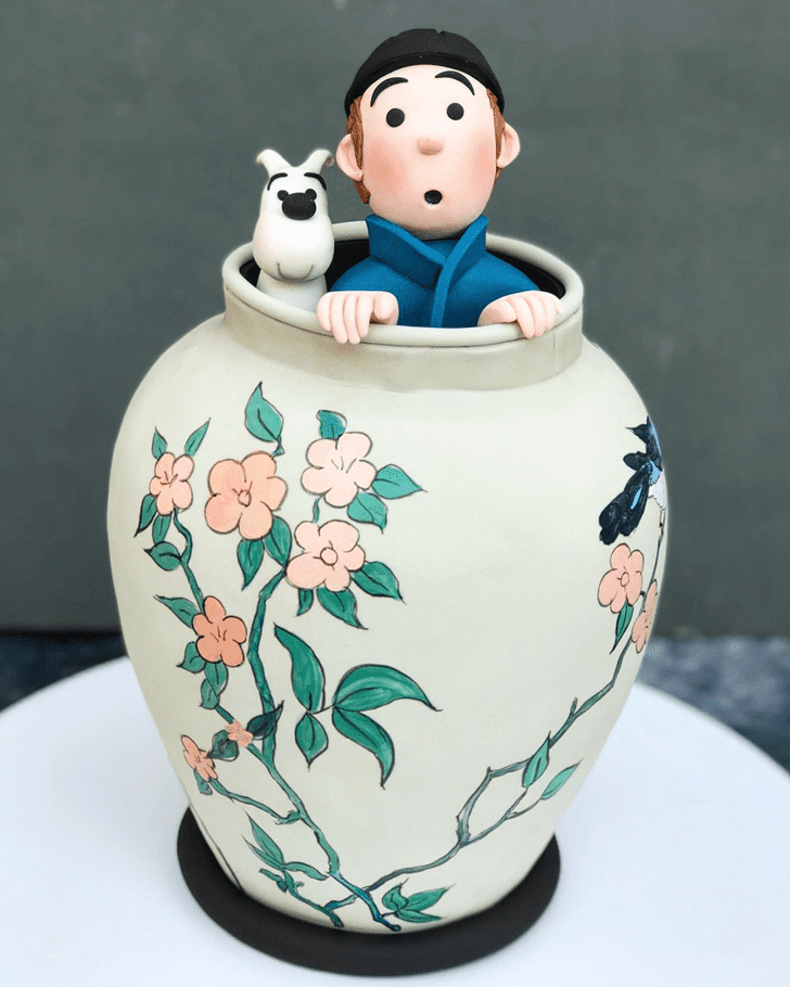 Alluring Tintin Cake
