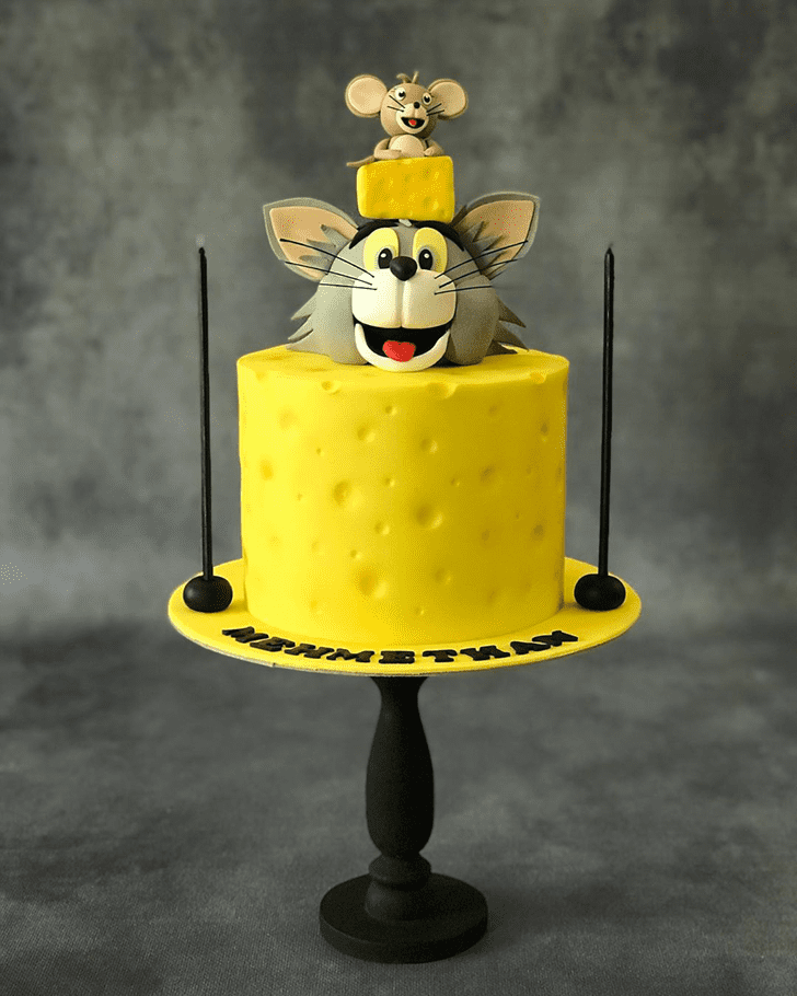 Comely Tom Cake