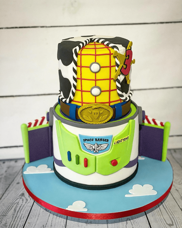 Inviting Toy Story Cake