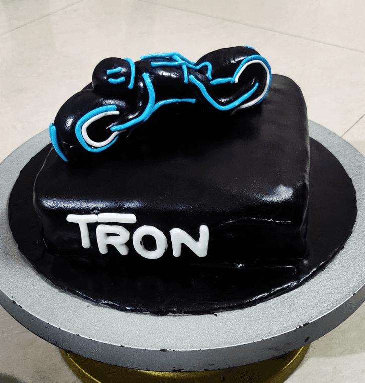AnTronic Tron Cake