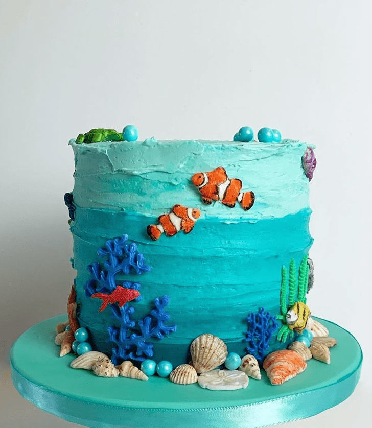 Adorable Tropical Fish Cake