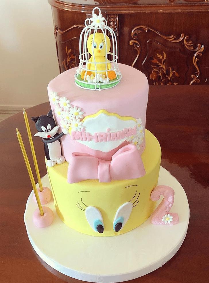 Fascinating Tweety Cake