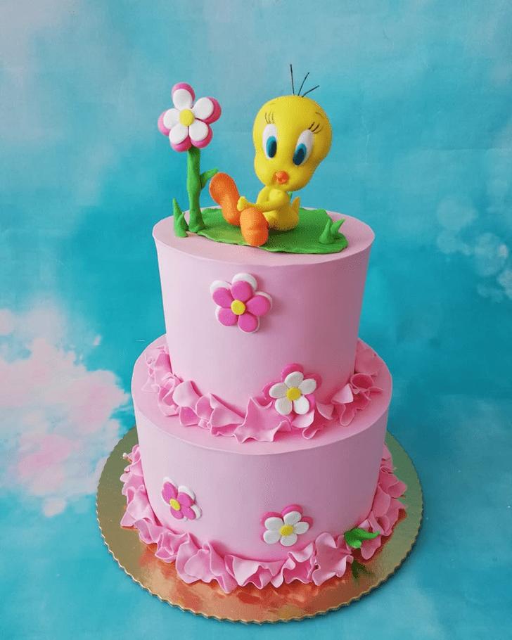 Splendid Tweety Cake