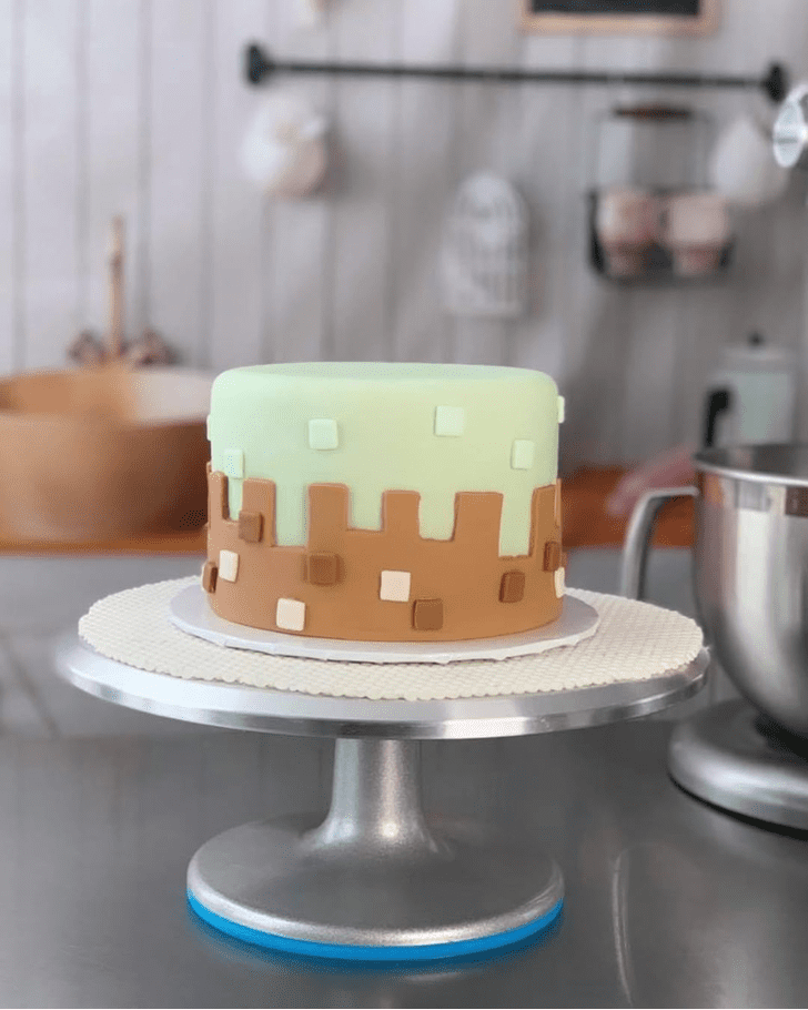 Admirable Vanilla Cake Design