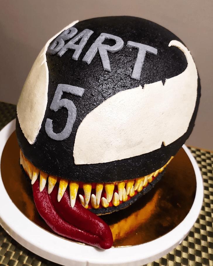 Alluring Venom Cake