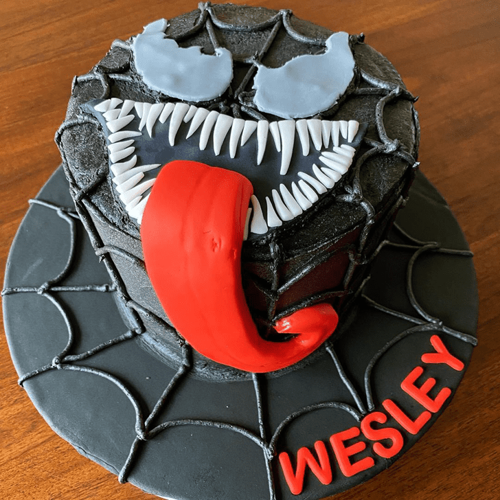 Beauteous Venom Cake