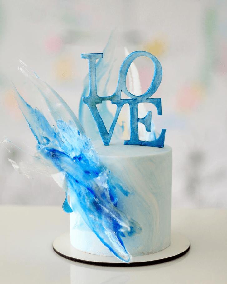 Appealing Water Cake