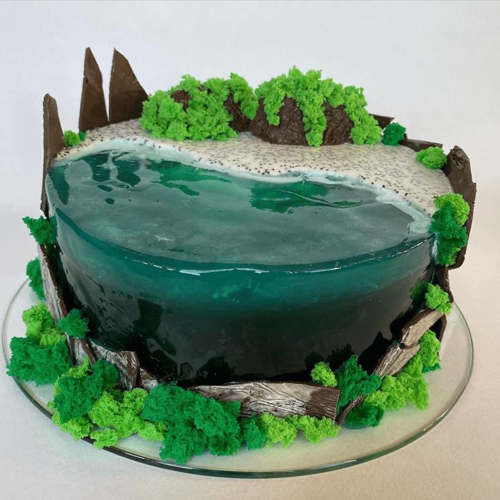Graceful Water Cake