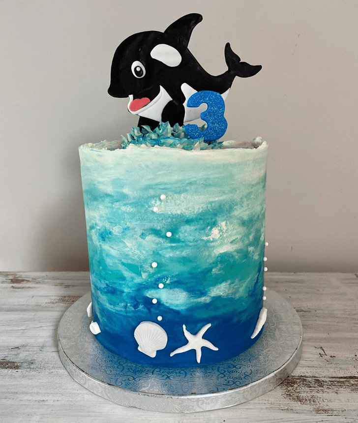 Inviting Whale Cake