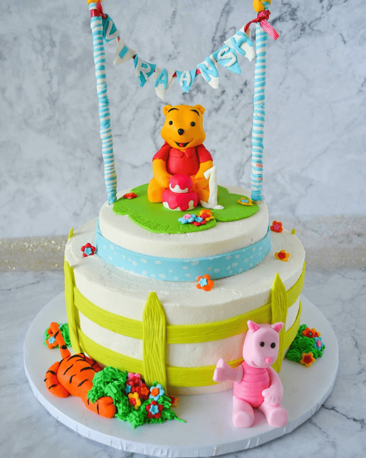 Bewitching Winnie the Pooh Cake