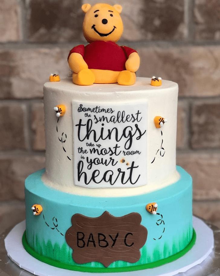 Cute Winnie the Pooh Cake