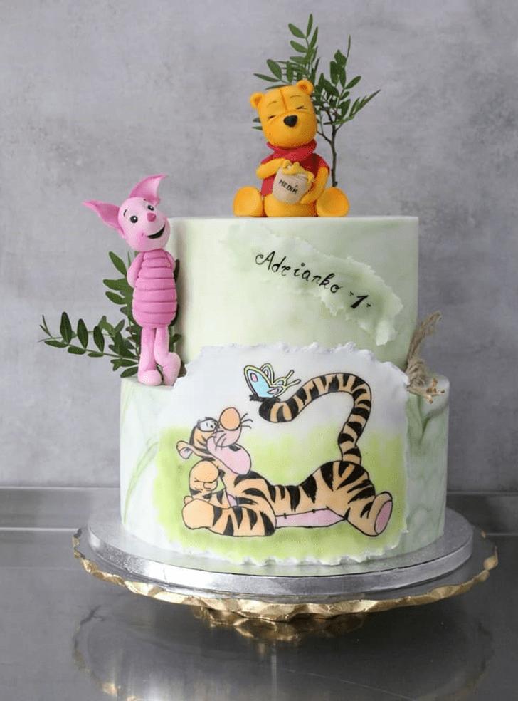 Delicate Winnie the Pooh Cake