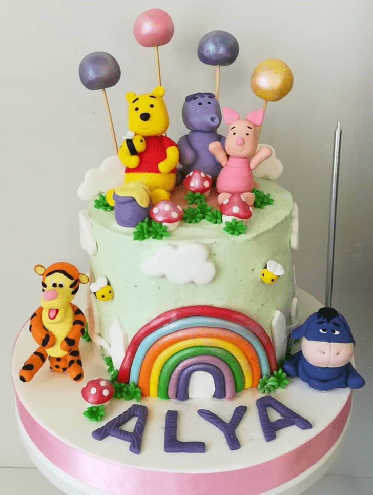 Excellent Winnie the Pooh Cake
