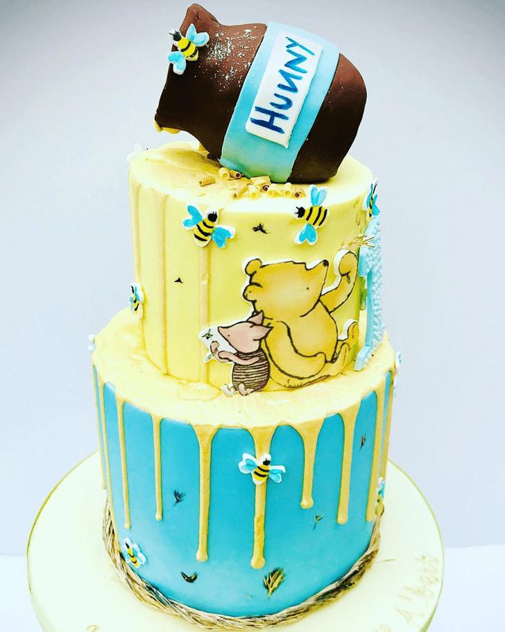 Grand Winnie the Pooh Cake