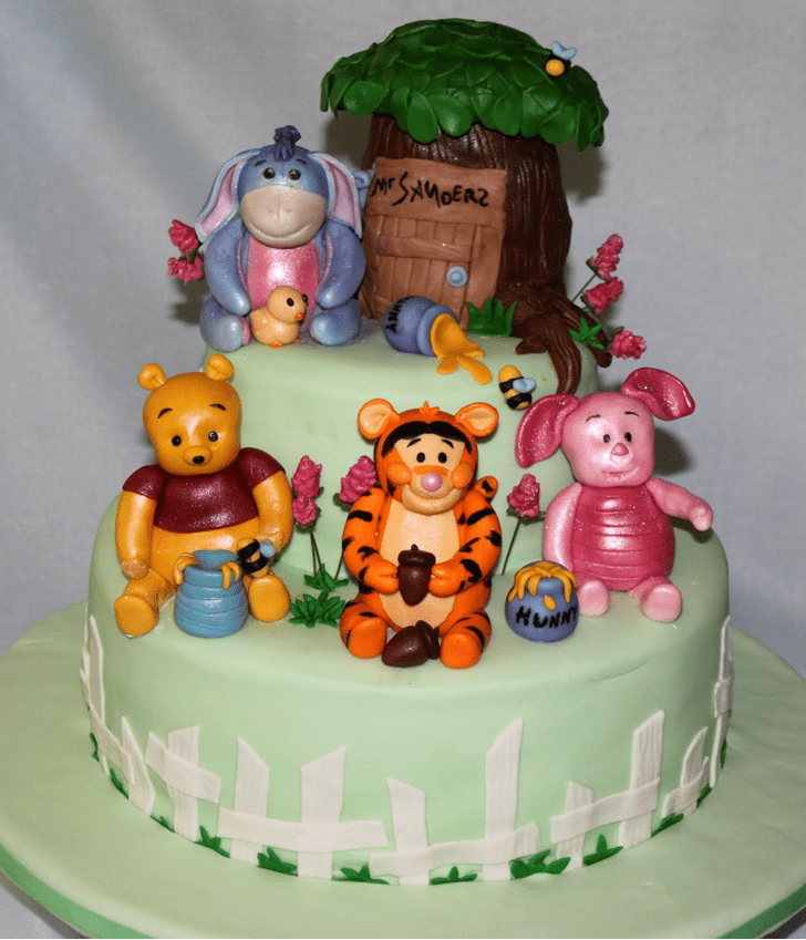 Marvelous Winnie the Pooh Cake