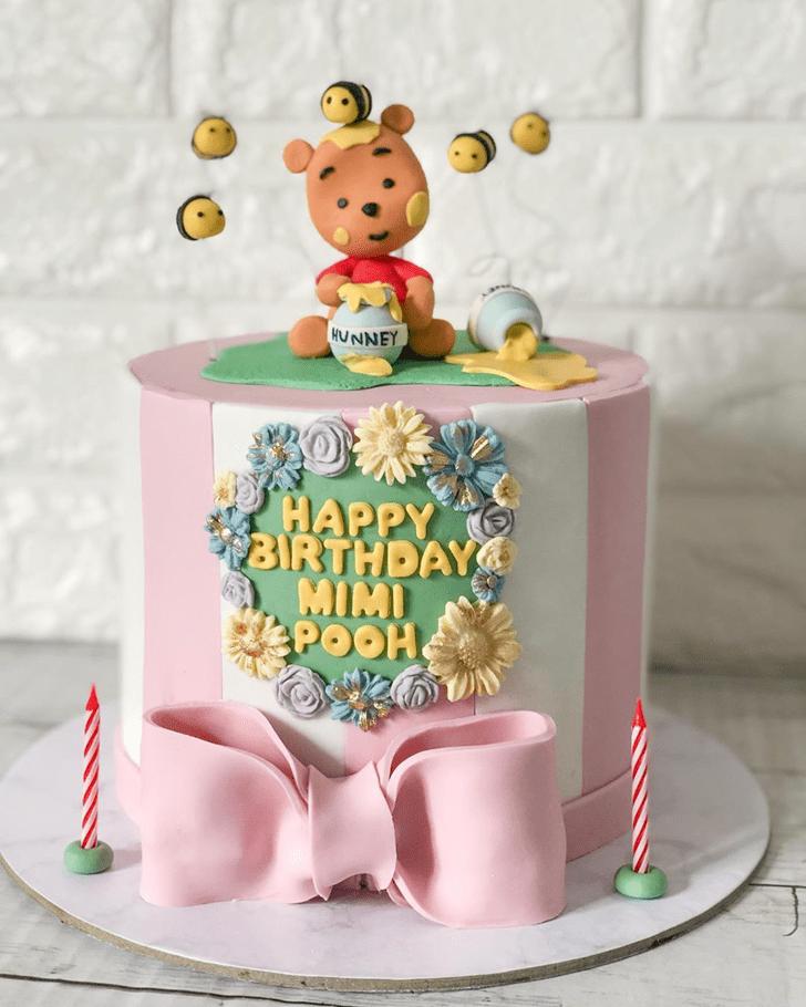 Mesmeric Winnie the Pooh Cake
