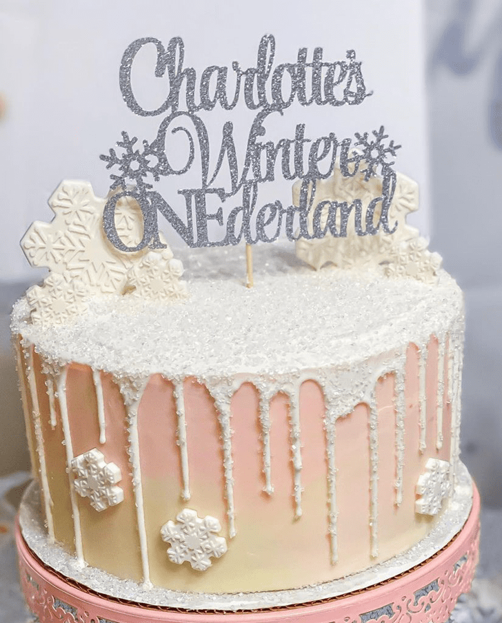 Alluring Winter Cake