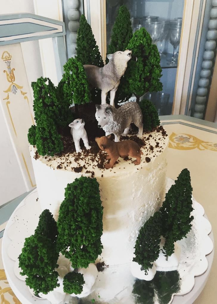Admirable Wolf Cake Design