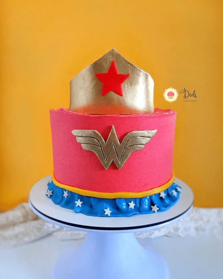 Beauteous Wonder Woman Cake