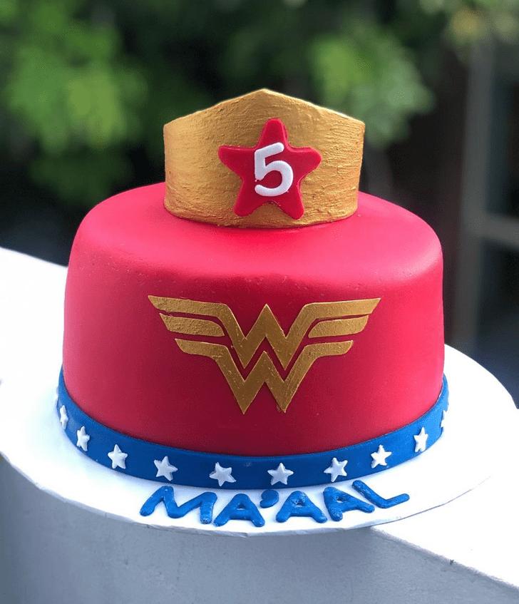 Captivating Wonder Woman Cake