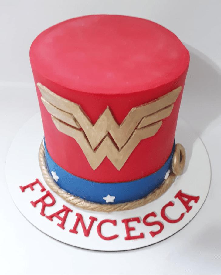 Classy Wonder Woman Cake