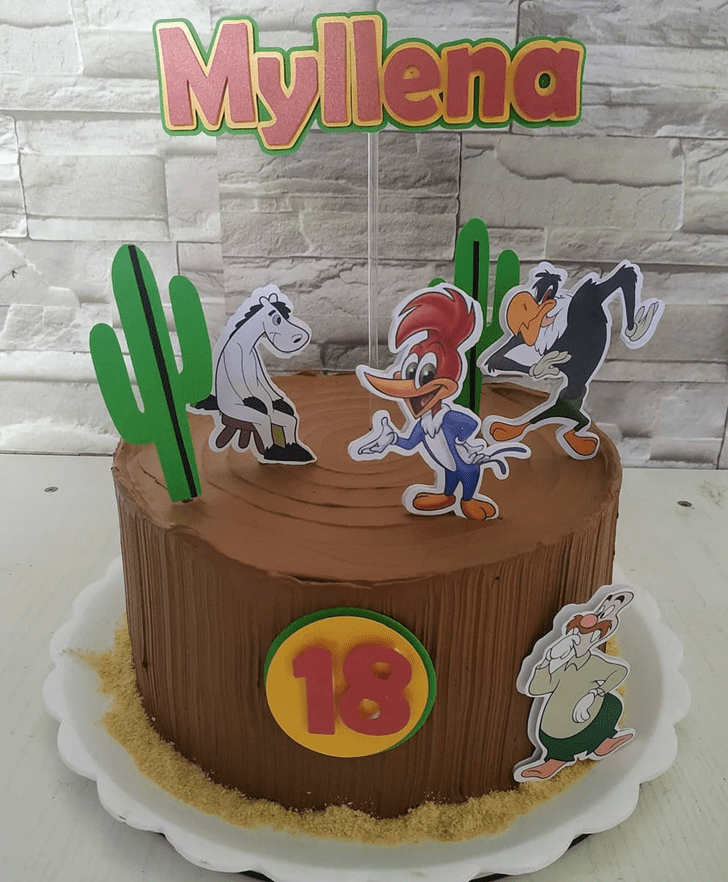 Beauteous Woodpecker Cake