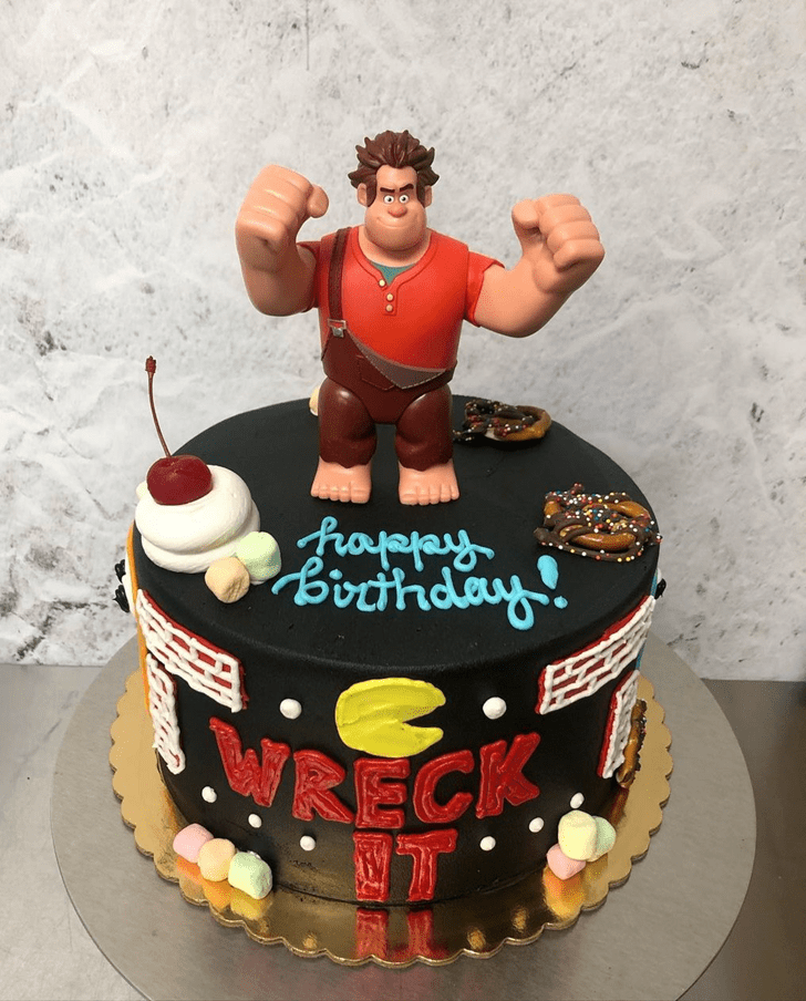 Comely Wreck-It Ralph Cake