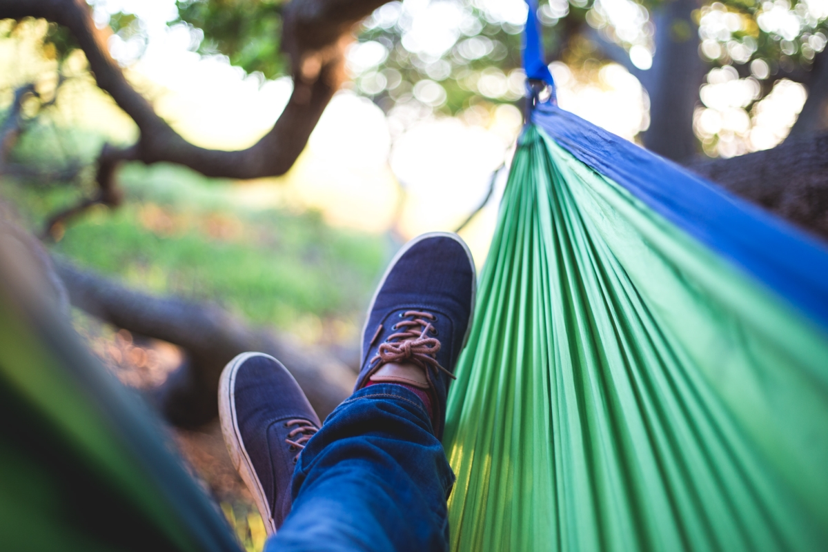 So You Want To Try Sleeping In A Hammock Full Time Read