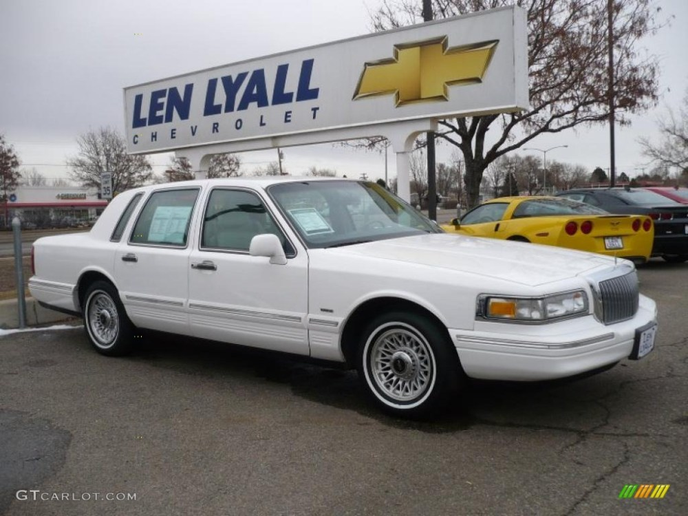 medium resolution of 1996 lincoln town car 18
