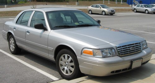 small resolution of 2008 ford crown victoria 3