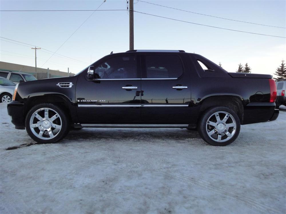 medium resolution of 2008 cadillac escalade ext 13