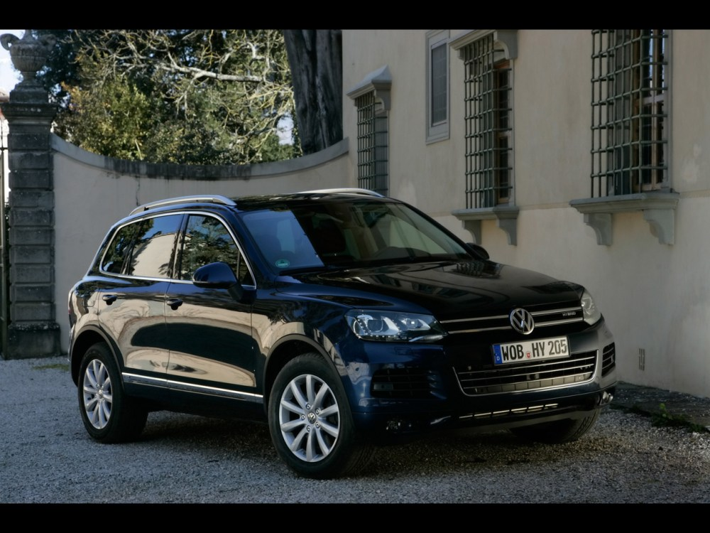 medium resolution of 2011 volkswagen touareg 10