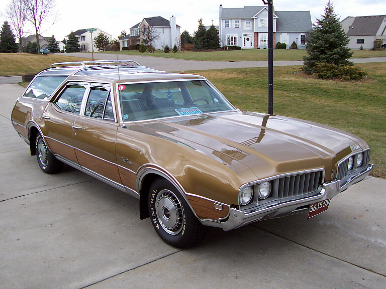 1973 Oldsmobile Vista Cruiser