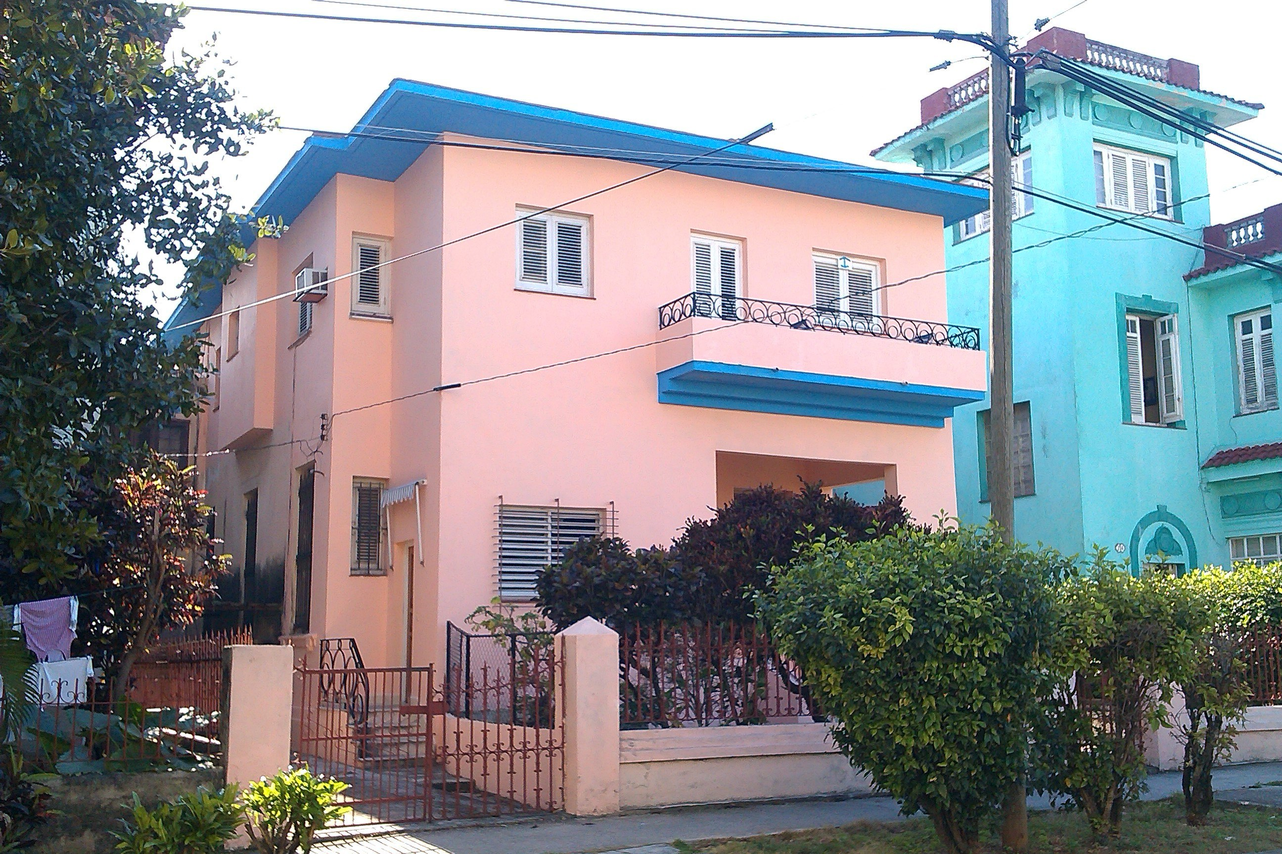Casa Particular vedado cuba havana Elvira Cheap private