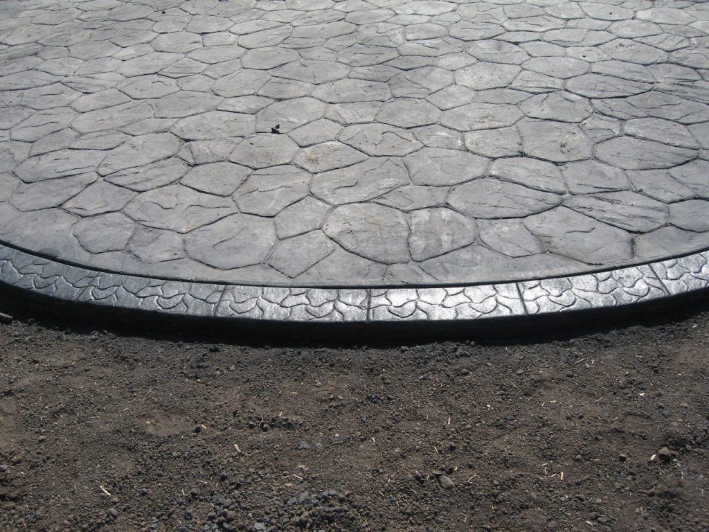 we can put a decorative border on existing patios