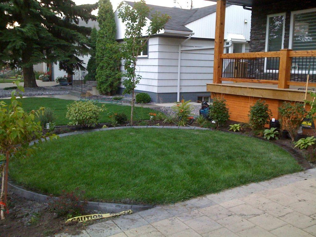 nice simple design front yard