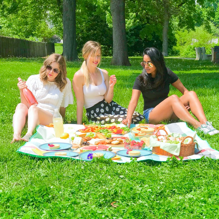 How to Have the Ultimate Picnic