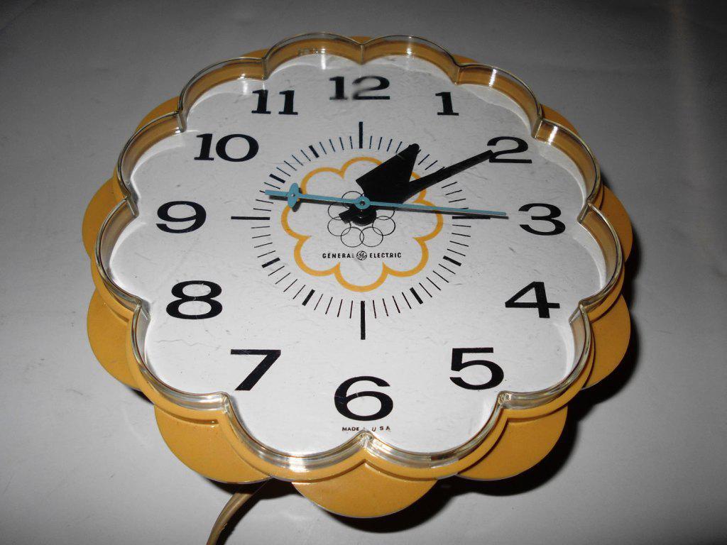 Small Kitchen Wall Clocks Best Decor Things