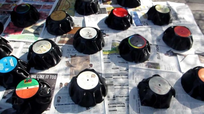 Turn Old Vinyl Records Into Beautiful Wall Art An Easy Diy Craft Tutorial Idea To